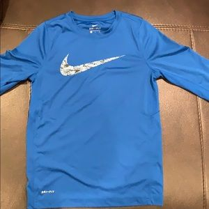 Nike Youth Small Long Sleeve